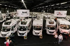 Explosieve groei verkoop caravans en campers.