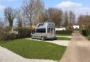 Vernieuwde camperplekken op camping De Koornmolen.